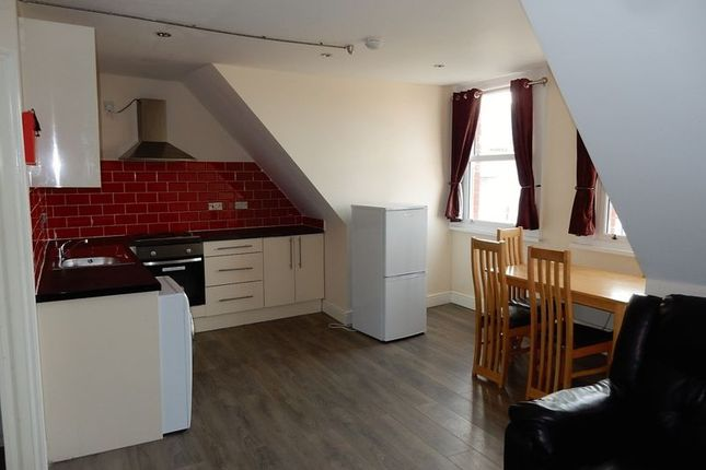 Thumbnail Flat to rent in Centrale Shopping Centre, North End, Croydon