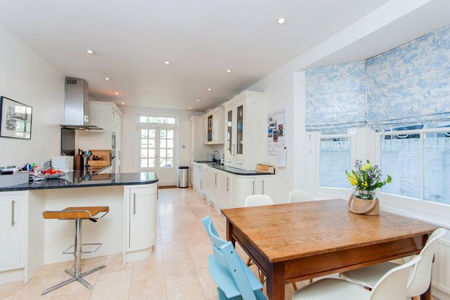 Thumbnail Terraced house for sale in Solent Road, London