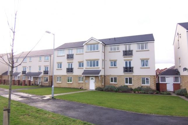 Thumbnail Flat to rent in Viking Court, Blyth