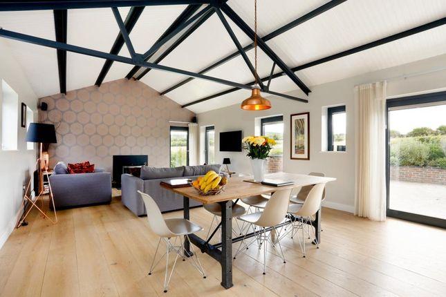 2 bed detached house to rent in Howe Road, Watlington