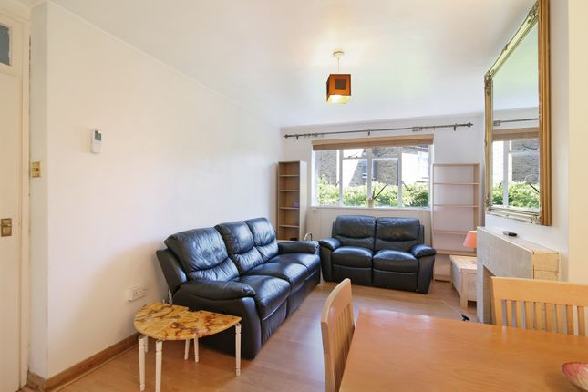 1 bed flat to rent in Pavilion Chambers, Lavender Hill, Clapham Junction SW11