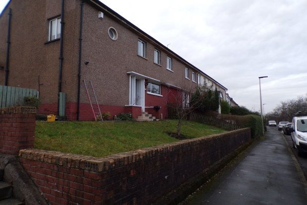 Thumbnail Property to rent in Barscube Terrace, Paisley