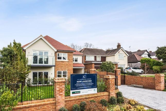Thumbnail Flat for sale in Rayleigh Road, Hutton