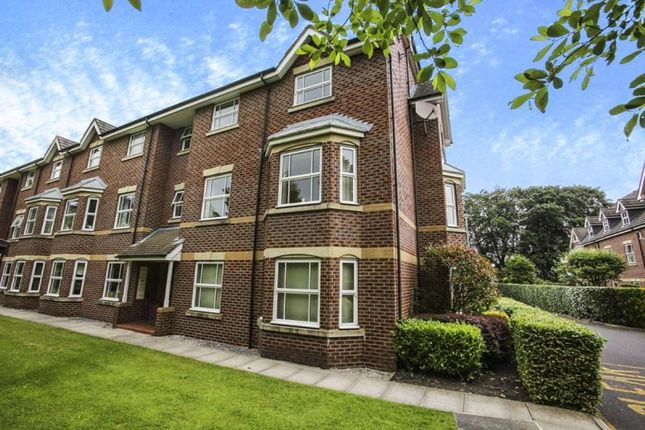 Thumbnail Flat for sale in Westholme Close, Congleton
