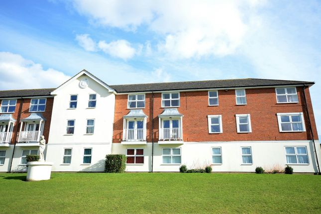 Thumbnail Flat to rent in Whinchat, Aylesbury