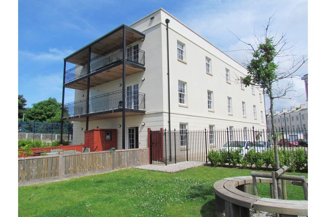 Thumbnail Flat for sale in Flagstaff Walk, Plymouth