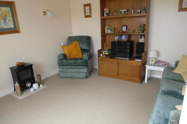 Thumbnail 3 bedroom terraced house to rent in Manor Road, Keyworth, Nottingham