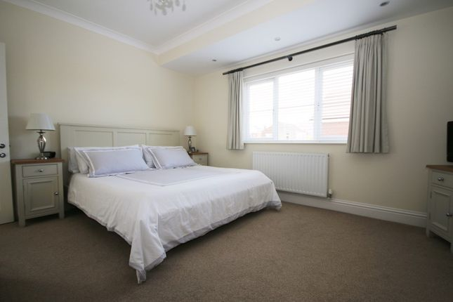 Bedroom 1 of Holywell Gardens, Birkdale, Southport PR8
