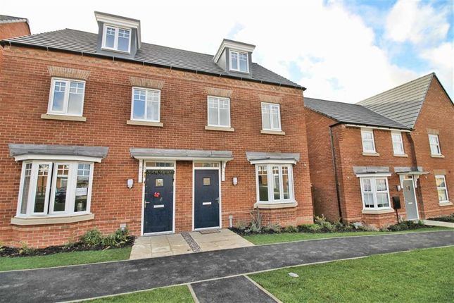 Town house to rent in Cicero Crescent, Fairfields, Milton Keynes