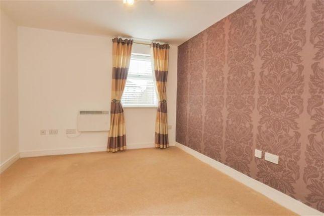 Bedroom 1 of Kingsdale Drive, Menston LS29