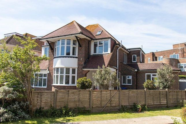 Thumbnail Detached house for sale in Rye Close, Worthing, West Sussex