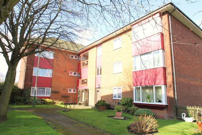 Thumbnail Flat to rent in Cavendish Gardens, Walsall