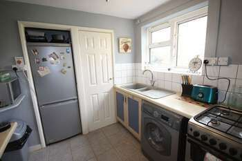 Thumbnail Flat to rent in The Brambles, Salisbury