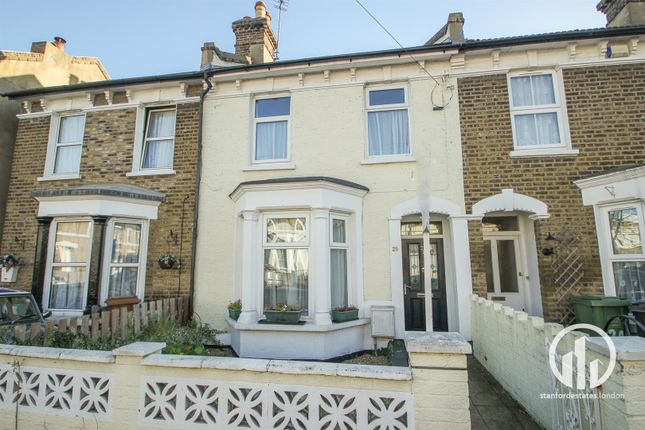 Thumbnail Property to rent in Knowles Hill Crescent, Hither Green, London