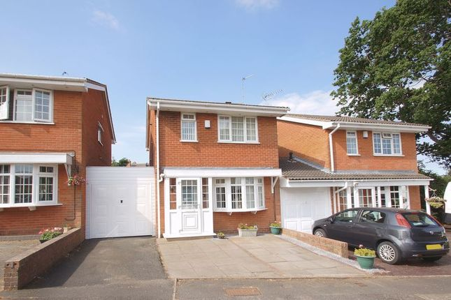 Thumbnail Link-detached house for sale in Packwood Close, Webheath, Redditch