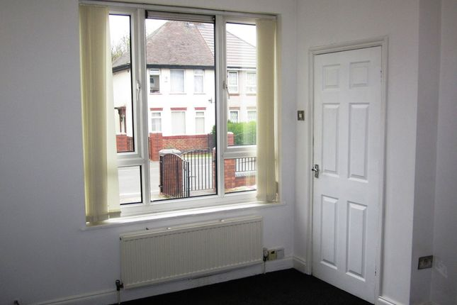 Lounge of Wordsworth Close, Sheffield S5