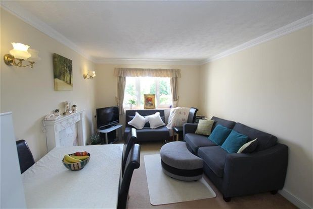 Lounge of Sharoe Bay Court, Fulwood PR2