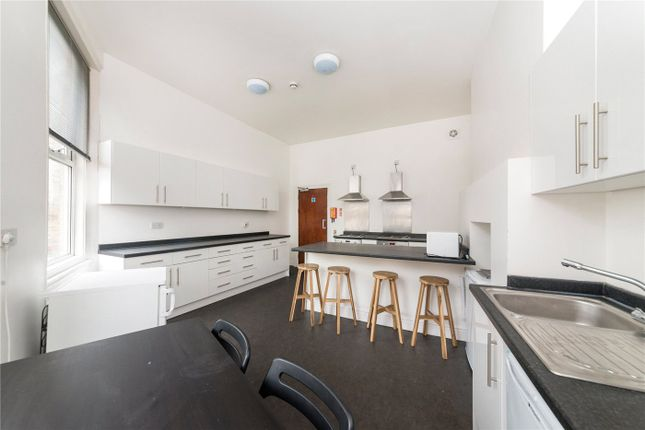 Room to rent in Lyndhurst Grove, London SE15