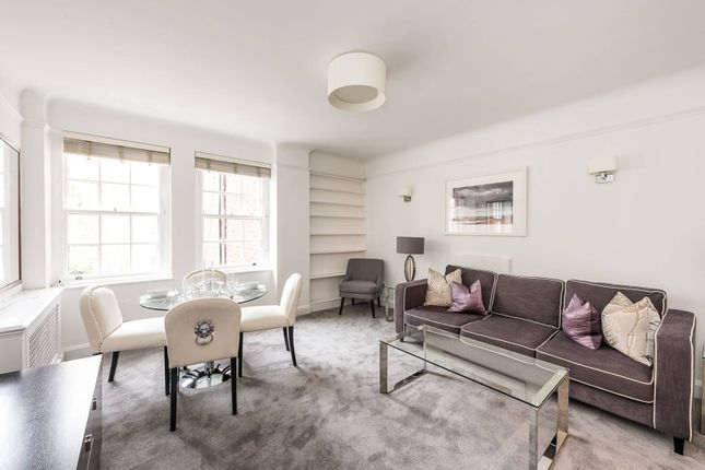 2 bed flat to rent in Fulham Road, Chelsea, London SW3