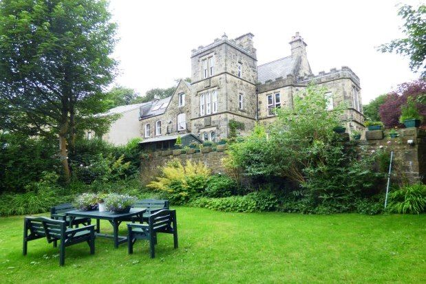 Thumbnail Flat to rent in Corbar Towers, Buxton