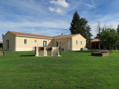 Thumbnail Property for sale in Vouleme, Vienne, France