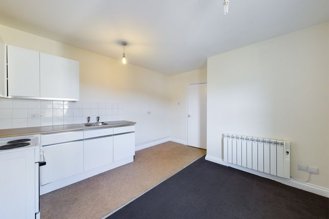 1 bed flat to rent in Barton Street, Tredworth, Gloucester GL1