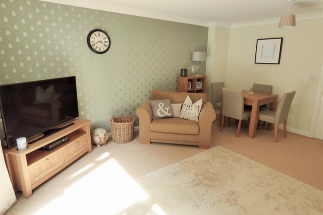 Lounge of Narborough Court, Beverley, East Yorkshire HU17