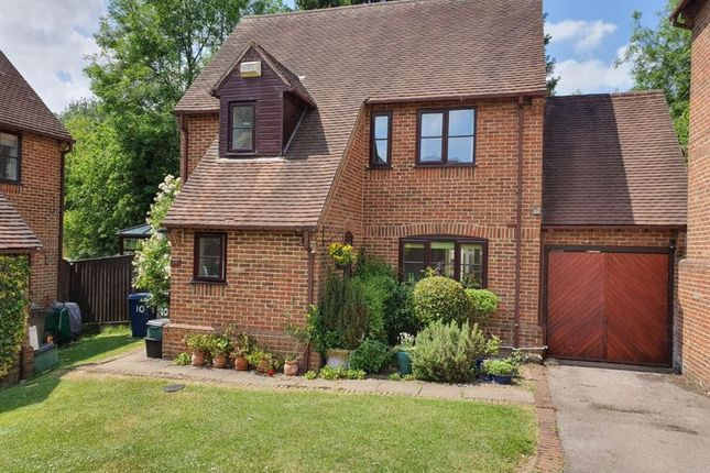 Thumbnail Detached house for sale in Copperfields, High Wycombe