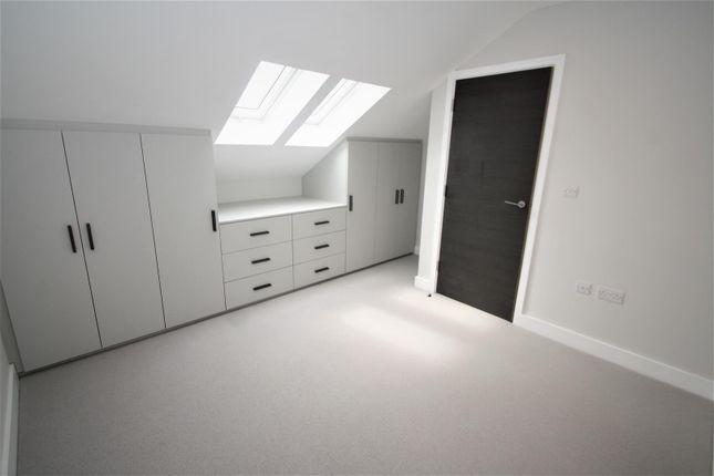 Thumbnail Property to rent in Carlton Avenue, Westcliff-On-Sea