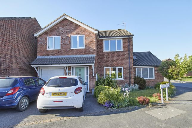 Thumbnail Detached house for sale in Grange Drive, Burbage, Hinckley