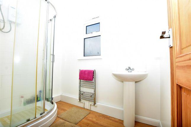 Bathroom of Homefield Close, Swanley BR8