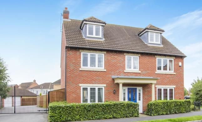 Thumbnail Detached house for sale in Lady Hay Road, Leicester, Leicestershire