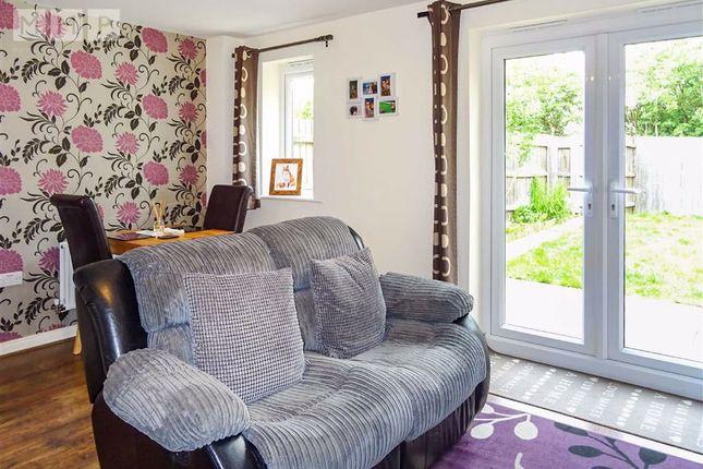 Lounge: of 4, Hafod Cottages, Parc Hafod, Llanymynech, Powys SY22
