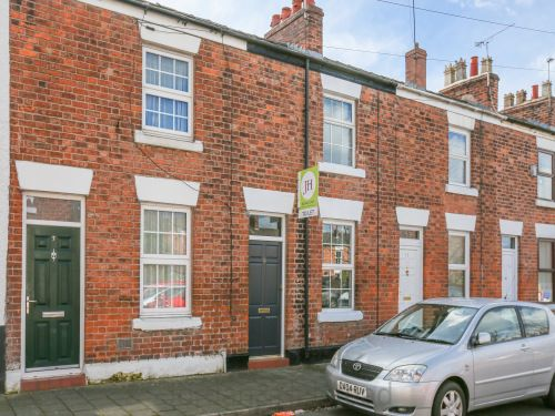 Thumbnail Terraced house to rent in Alma Street, Chester