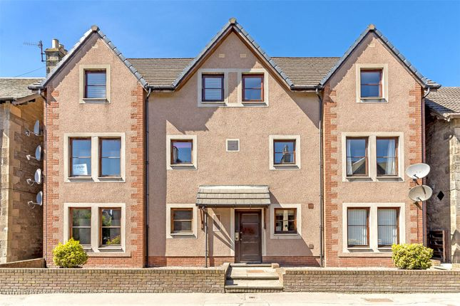 Thumbnail Flat to rent in Flat B, Priory Court, Priory Place, Perth