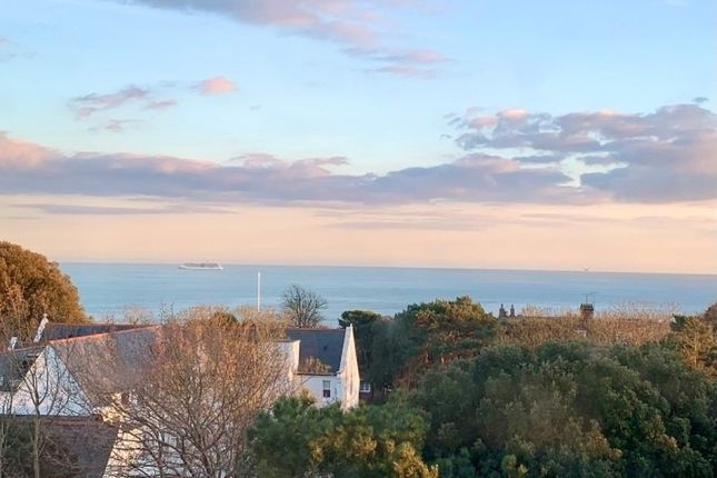 Flat for sale in Bath Road, Bournemouth