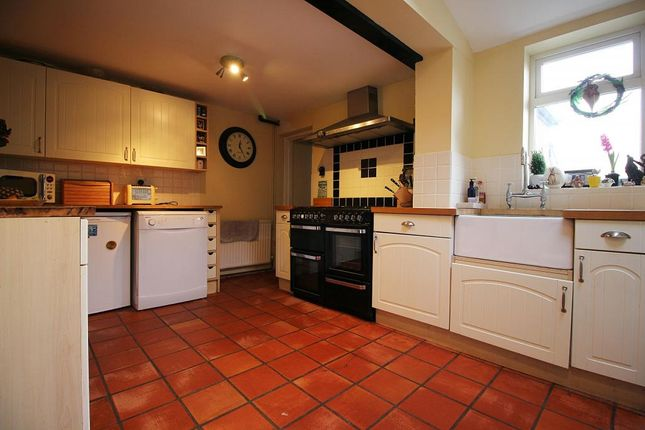 Thumbnail Terraced house for sale in St. Georges Terrace, Lambourn, Hungerford
