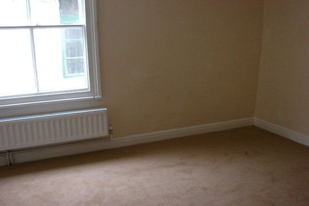 Thumbnail Property to rent in Lowther Place, Southgate, Pickering
