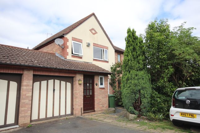 Thumbnail Semi-detached house for sale in St Philips Drive, Evesham