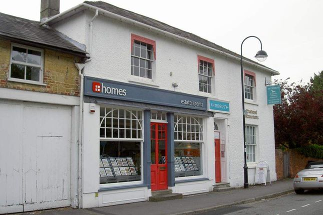 Office to let in Antrobus House Business Centre, 18 College Street, Petersfield, Hampshire