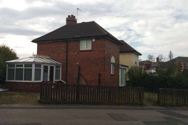 Thumbnail Semi-detached house to rent in Cragside Walk, Leeds