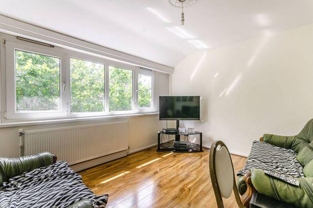 3 bed maisonette for sale in Garnies Close, Peckham, London SE15