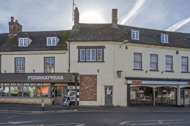 Thumbnail Flat to rent in Market Square, Bicester