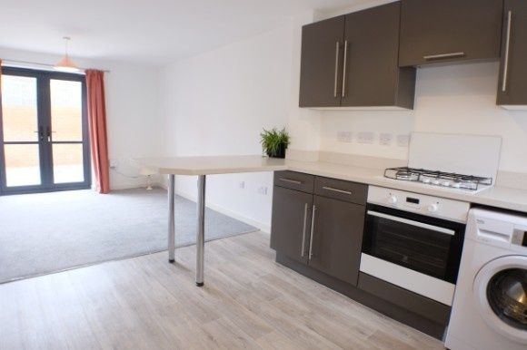 Thumbnail Town house to rent in Langdon Road, Mariners Walk, Swansea