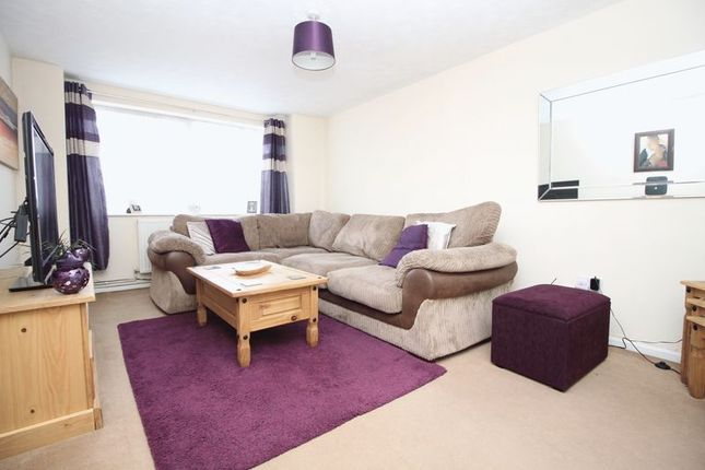 Living Room of Brentwood Crescent, Southampton SO18