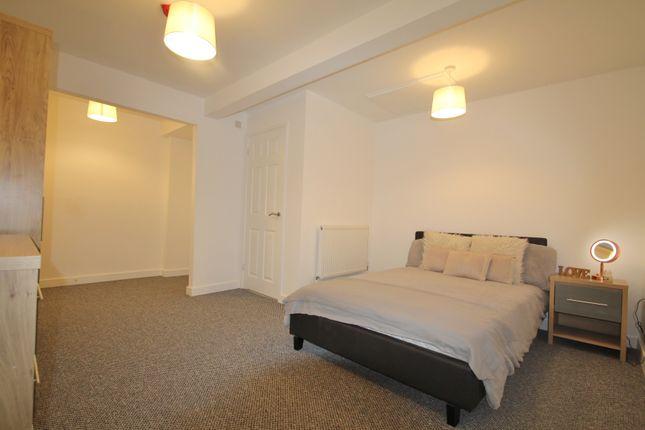 Room to rent in Hampden Way, Gloucester GL1