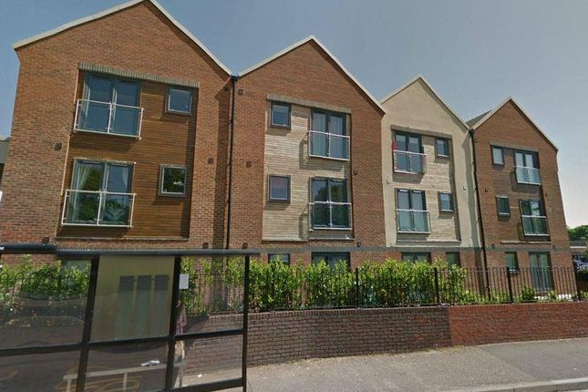 Thumbnail Flat to rent in Leaside, Hemel Hempstead