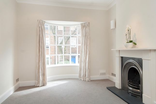 Thumbnail Terraced house to rent in Flask Walk, Hampstead