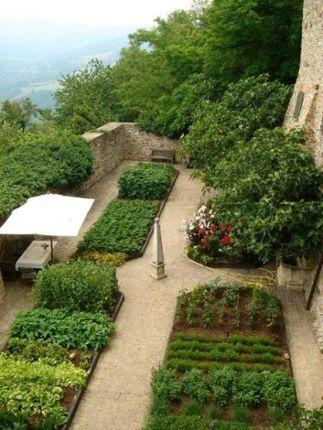 Picture No.03 of Castle Of Montechino, Picenza, Emilia Romagna