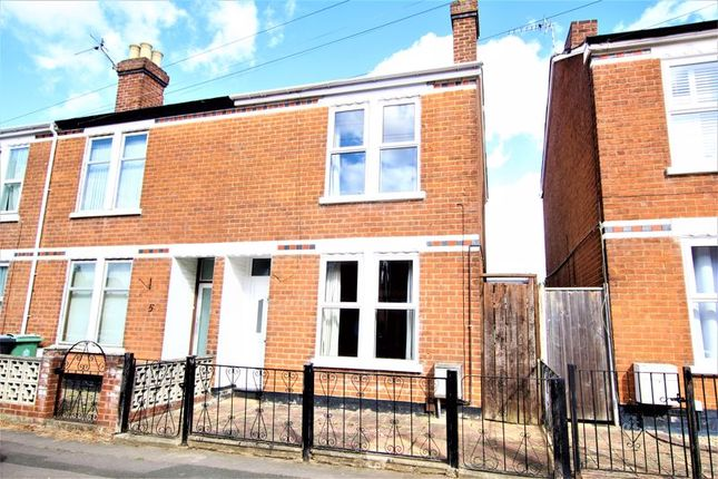 3 bed semi-detached house to rent in Clevedon Road, Gloucester GL1
